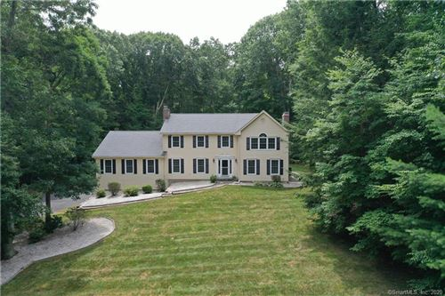 Photo of 11 Indian Pipe Trail, Avon, CT 06001 (MLS # 170317948)