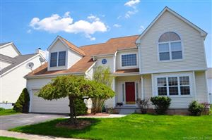Photo of 72 Rolling Green, Middletown, CT 06457 (MLS # 170080949)