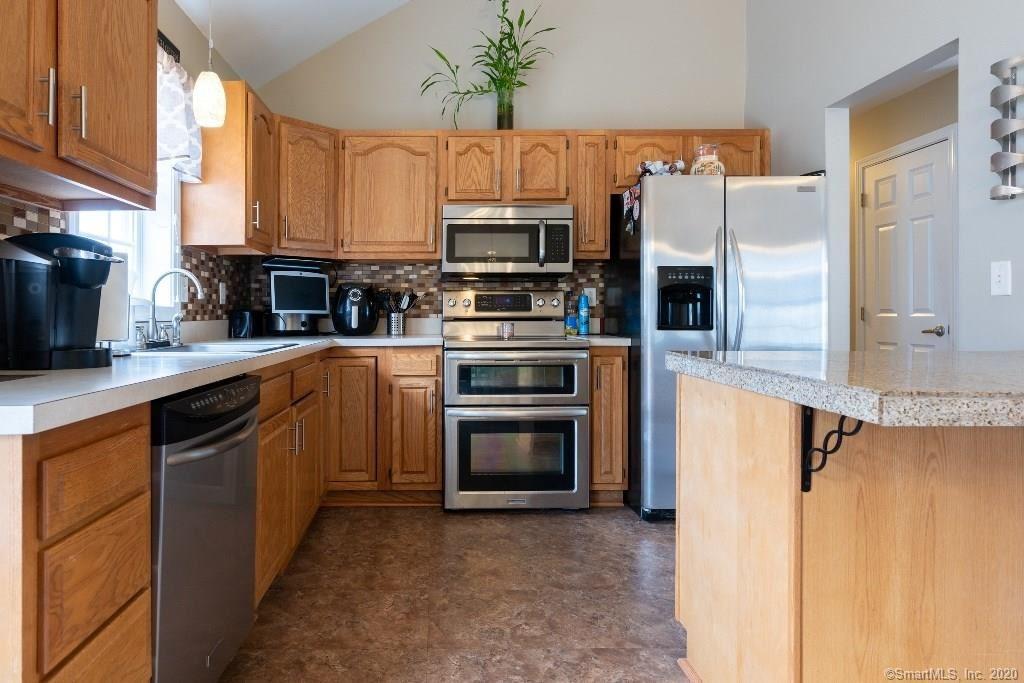Photo of 215 Newridge Avenue, Waterbury, CT 06708 (MLS # 170255961)