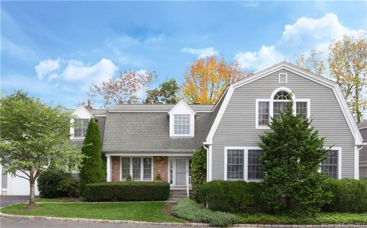 Photo for 31 Lakeview Avenue, New Canaan, CT 06840 (MLS # 170030967)