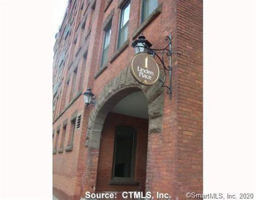 Photo of 1 Linden Place #505, Hartford, CT 06106 (MLS # 170296974)