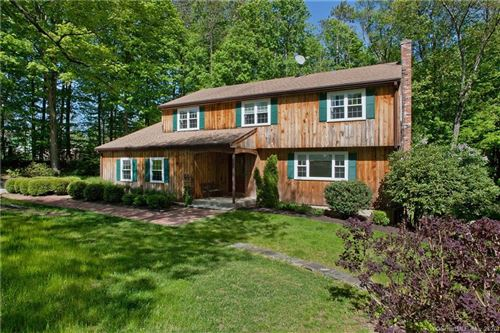 Photo of 1 Old Barge Road, Simsbury, CT 06070 (MLS # 170292975)