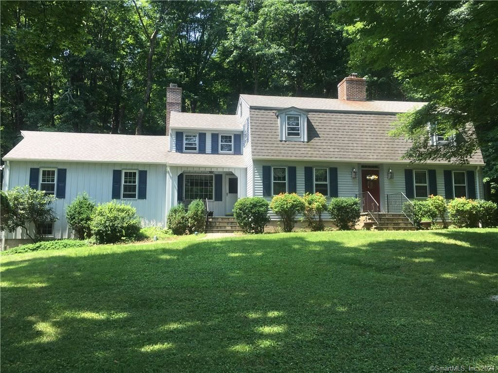 6 Country Squire Lane, Newtown, CT 06482 - #: 170429979