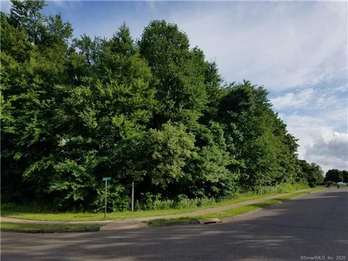Photo of 29 Osprey Drive, Seymour, CT 06483 (MLS # 170348983)