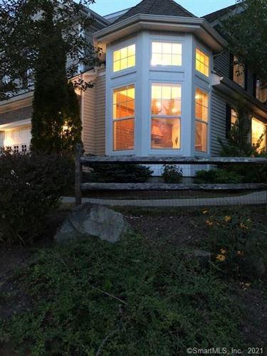 Photo of 20 Ridgewood Drive #20, Middlebury, CT 06762 (MLS # 170427987)