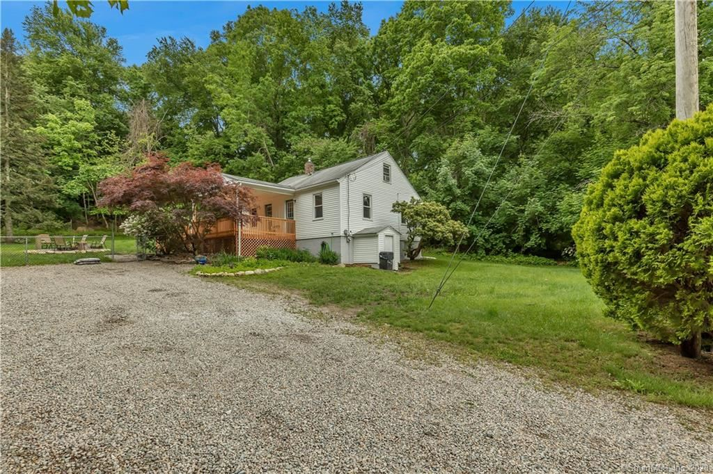 Photo of 207 Toll Gate Road, Groton, CT 06340 (MLS # 170302992)