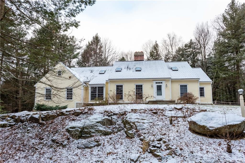Photo for 161 West West Hill Road, Barkhamsted, CT 06063 (MLS # 170149999)
