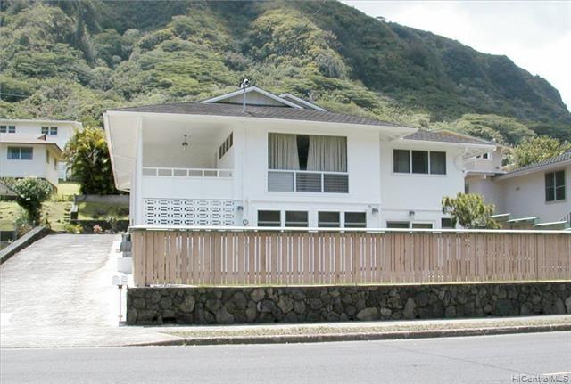 Photo of 3386 Manoa Road #A, Honolulu, HI 96822 (MLS # 202101111)