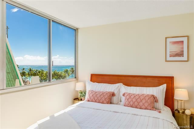 2500 Kalakaua Avenue #704, Honolulu, HI 96815 - #: 202126278