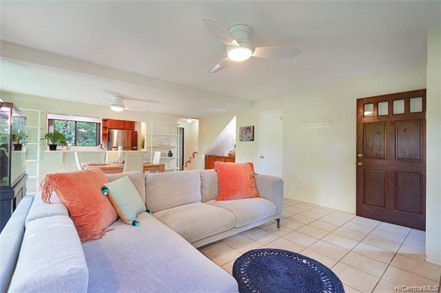 Photo of 45-180 Mahalani Place #9, Kaneohe, HI 96744 (MLS # 202018317)