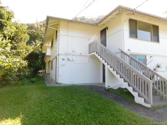 Photo of 1583 Kalaepaa Drive, Honolulu, HI 96819 (MLS # 202108329)