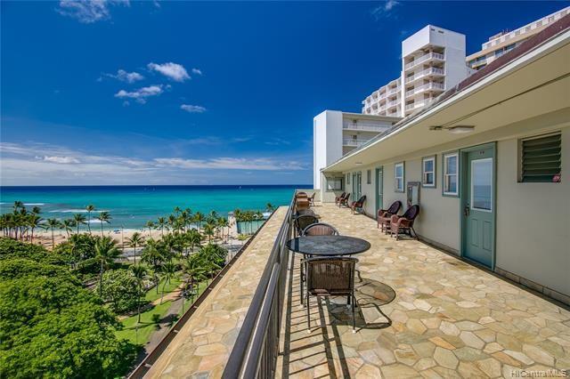 Photo of 134 Kapahulu Avenue #604, Honolulu, HI 96815 (MLS # 202119387)