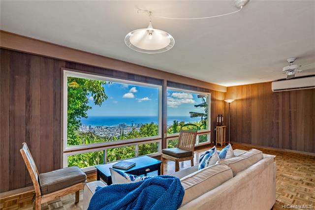 215 Forest Ridge Way, Honolulu, HI 96822 - #: 202011412