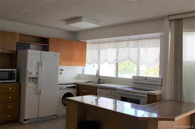 Photo of 419 Keoniana Street #503, Honolulu, HI 96815 (MLS # 202119433)