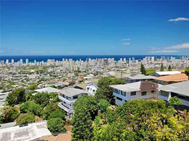 Photo of 2028 Oswald Street, Honolulu, HI 96816 (MLS # 202017590)