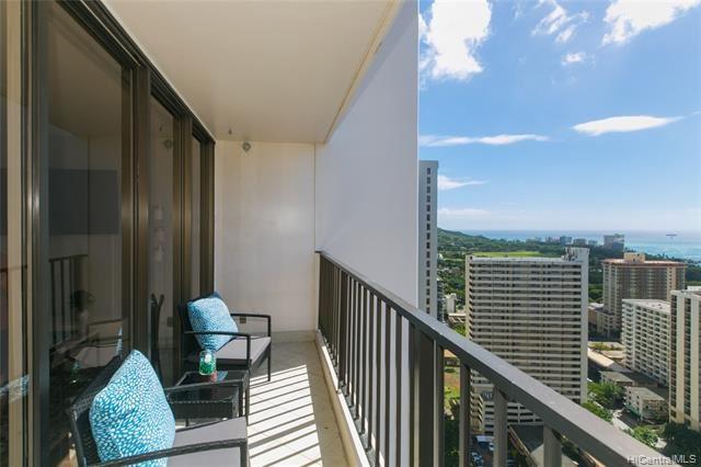 201 Ohua Avenue #3202 UNIT 3202, Honolulu, HI 96815 - #: 202104700