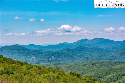 Photo of 561 Craggy Point #12B, Sugar Mountain, NC 28604 (MLS # 222003)