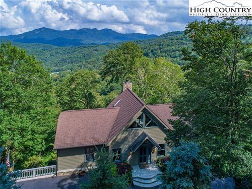 Photo of 274 Highland Circle, Sugar Mountain, NC 28604 (MLS # 222018)