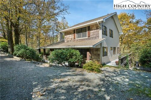 Photo of 369 Tarry Acres Circle, Blowing Rock, NC 28605 (MLS # 223025)