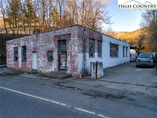 Photo of 226 S Big Horse Creek Road, Lansing, NC 28643 (MLS # 229027)