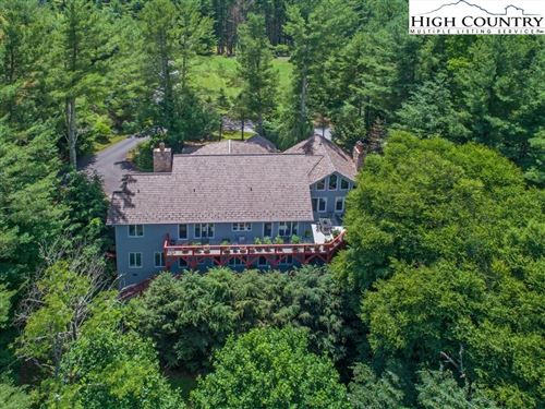 Photo of 2010 Valle Cay Drive, Vilas, NC 28692 (MLS # 234052)