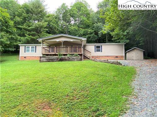 Photo of 984 Cobbs Creek Road, Boone, NC 28607 (MLS # 233057)