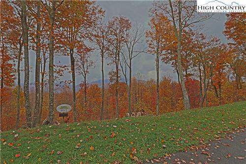 Photo of TBD Heritage Ridge #H12 Headwaters Road, Elk Park, NC 28622 (MLS # 227059)