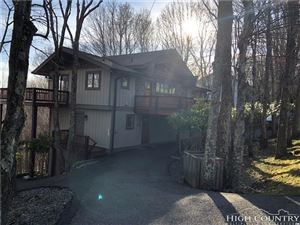 Photo of 208 Grassy Gap Loop, Beech Mountain, NC 28604 (MLS # 214078)