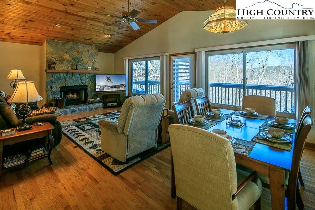 Photo for 105 Staghorn Hollow Road, Beech Mountain, NC 28604 (MLS # 220105)