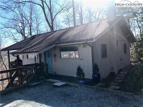 Photo of 298 Windridge Road, Newland, NC 28657 (MLS # 227155)