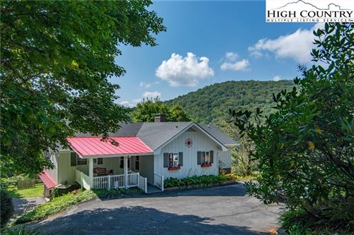 Photo of 601 Mountain Glen Drive, Newland, NC 28657 (MLS # 219157)