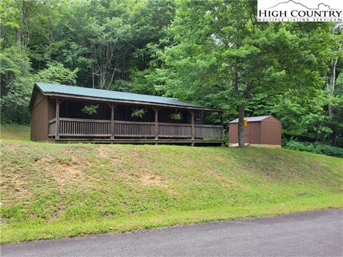 Photo of 544 Paradise Valley Road Road, Zionville, NC 28698 (MLS # 230189)