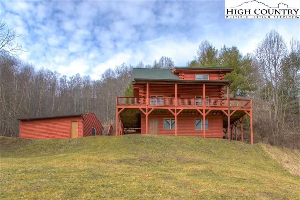 Photo for 164 Twin Hollows Road, Vilas, NC 28692 (MLS # 220198)