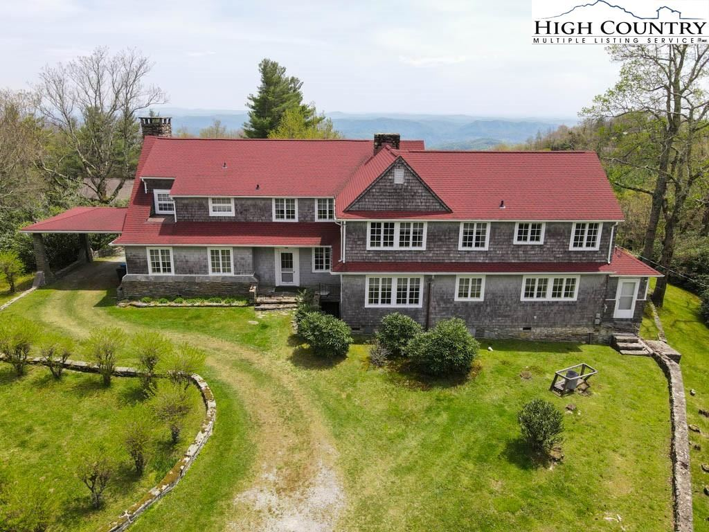 Photo for 108 George Blagg Lane, Blowing Rock, NC 28605 (MLS # 230203)