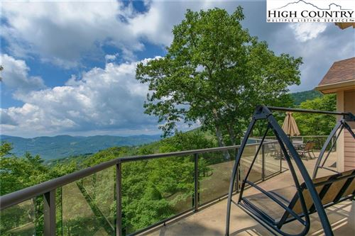 Photo of 125 Fox Pointe Drive, Banner Elk, NC 28604 (MLS # 223225)