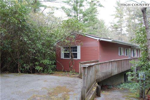 Photo of 35 Delphinium Lane, Linville, NC 28646 (MLS # 230230)