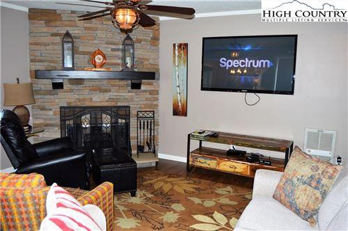 Photo of 301 Pinnacle Inn Road #3208, Beech Mountain, NC 28604 (MLS # 222246)