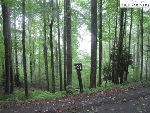 Photo of Lot 21 Bennick Place, Sugar Grove, NC 28679 (MLS # 220247)