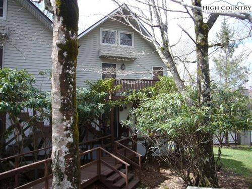 Photo of 109 N Pinnacle Ridge Road #21 (14-4), Beech Mountain, NC 28604 (MLS # 230251)