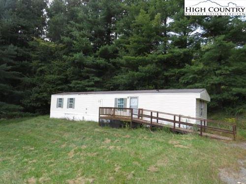 Photo of 40 Mayberry Farm Drive, Sparta, NC 28675 (MLS # 233257)