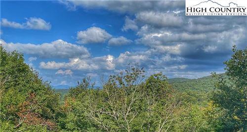Photo of 101 Mid Holiday Lane #E317, Beech Mountain, NC 28604 (MLS # 233260)