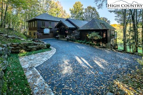 Photo of 121 Briarcliff Road, Beech Mountain, NC 28604 (MLS # 226262)