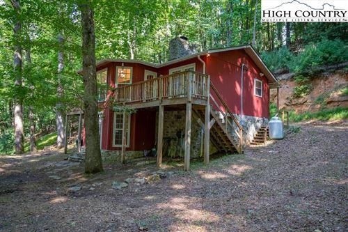 Photo of 221 W Horseshoe Ridge Road, Deep Gap, NC 28618 (MLS # 233275)