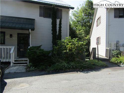 Photo of 156 Hanging Rock Villas Road #222, Seven Devils, NC 28604 (MLS # 233288)