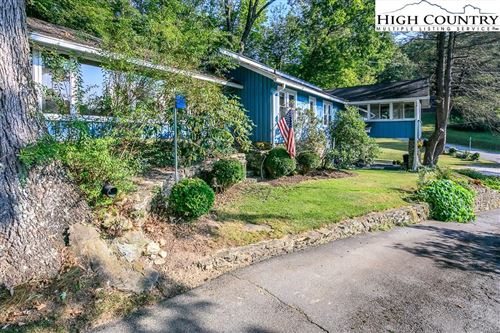 Photo of 250 Old US Hwy 321, Blowing Rock, NC 28605 (MLS # 220291)