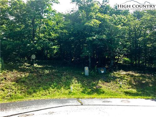 Photo of Lot 96 Cloud Springs Drive, Sugar Mountain, NC 28604 (MLS # 228303)