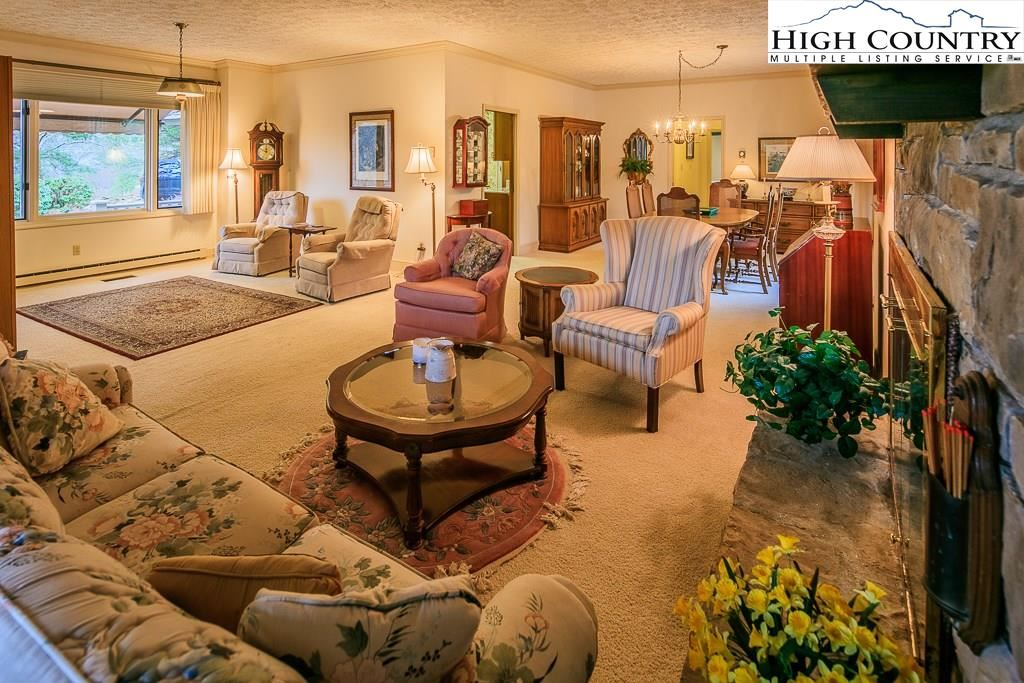 221 Willow, Boone, NC 28607 - #: 220307