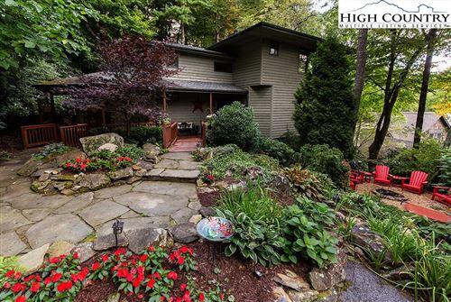 Photo of 144 Fern Terrace, Blowing Rock, NC 28605 (MLS # 233316)