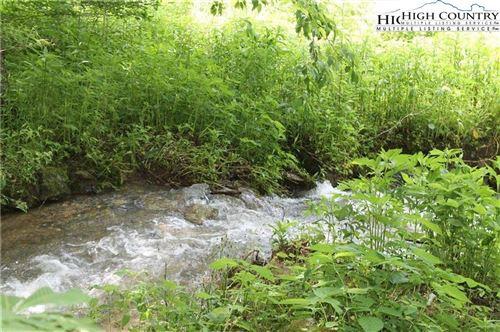 Photo of 5 Larkspur Trail, Banner Elk, NC 28604 (MLS # 229318)
