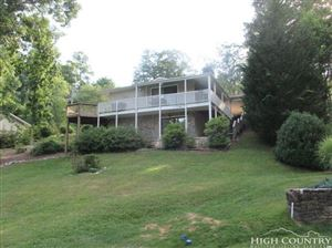 Photo of 406 Hickory Hill Drive, Spruce Pine, NC 28777 (MLS # 210324)